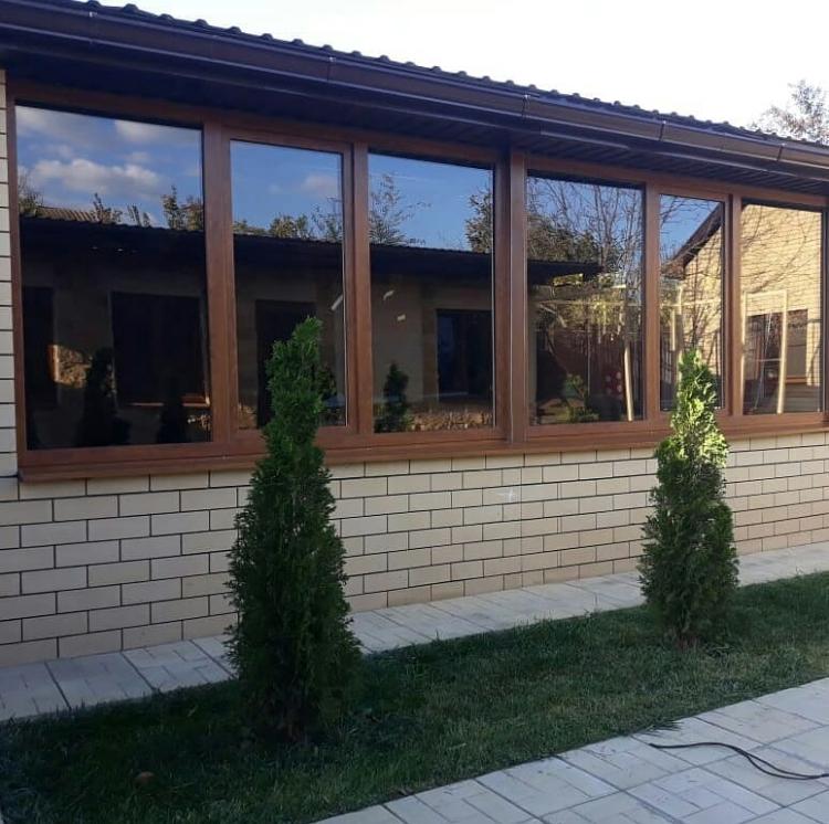 Полезные советы по выбору и уходу за пластиковыми окнами и балконными блоками